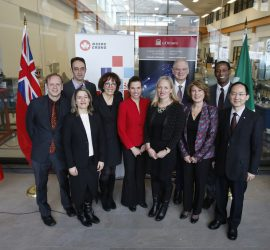 Federal MPs & Ministers Catherine McKenna & Kirsty Duncan, uOttawa's Jacques Frémont & Mona Nemer, and NSERC's Bettina Hamelin congratulate SUNLAB's Karin Hinzer & Jacob Krich